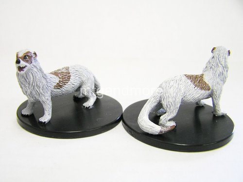 #030 Giant Weasel - Large Figure - Reign of Winter