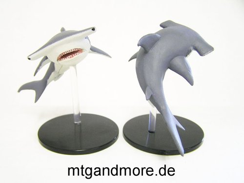 #033 Hammerhead Shark - Large Figure - Skull & Shackles